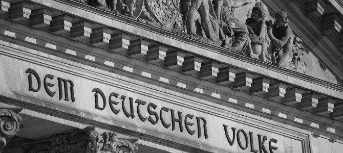"""""""Ein Anfang mit Vergangenheit. Das Grundgesetz als Antwort"""""""